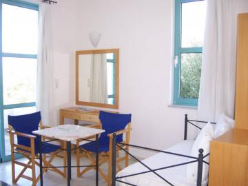 sea view apartment, hotel plakures falasarna beach, Crete West Kissamos Falassarna Plakures, individually family hotel, holiday child-friendly beach, sandy beach, gorges hike, quiet location hotel crete, family hotel chania, children friendly hotel nearby beach chania, best hotel falassarna beach