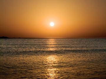sunset, hotel plakures falasarna beach, Crete West Kissamos Falassarna Plakures, individually family hotel, holiday child-friendly beach, sandy beach, gorges hike, quiet location hotel crete, family hotel chania, children friendly hotel nearby beach chania, best hotel falassarna beach