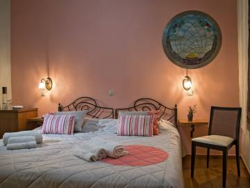 standard double room, Ionas Boutique Hotel chania, Ionas Historic Hotel chania crete, Small hotel chania old town