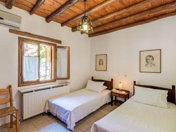 Lydia house natalia's houses, Natalia's houses douliana village apokoronas, family hotel chania crete, houses with pool apokoronas