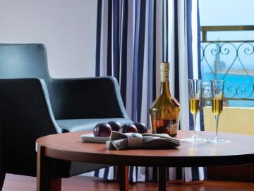 superior suites porto veneziano hotel, porto venetian hotel, porto veneciano hotel, hotels in chania, hotels in chania centre, seaside hotels, chania town hotels, chania old harbour hotels, chania seaside hotels, accommodation crete,Crete Accommodation, crete hotels