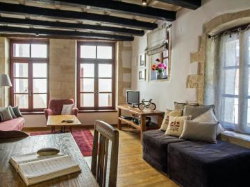 To spiti splanzia quarter chania, the house splanzia chania crete, best places to stay chania, family house chania town, house with sea views chania, house nearby centre shops sites chania, to spitia splanzia square chania, self catering house splanzia chania